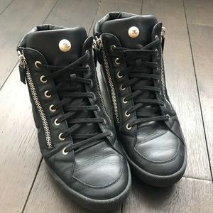WOMENS AUTHENTIC CHANEL SNEAKERS SIZE 42